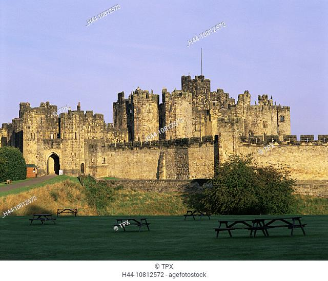 Alnwick, castle, Britain, British Isles, castle, England, Great Britain, Europe, Harry Potter, Historical, Medieval