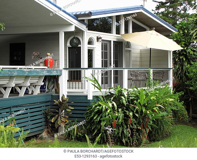 Lanais and tropical foliage, Orchid Tree Bed and Breakfast, Hilo, Hawaii, USA