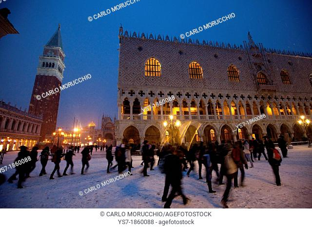 Doge's palace and St  Mark's square during a snowfall, Venice, Italy, Europe