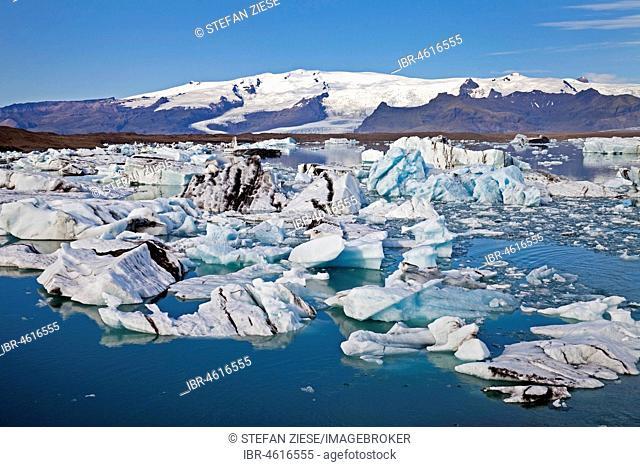 Glacier Lagoon, Jökulsárlón, Vatnajökull National Park, Hornarfjoerdur, East Iceland, Iceland