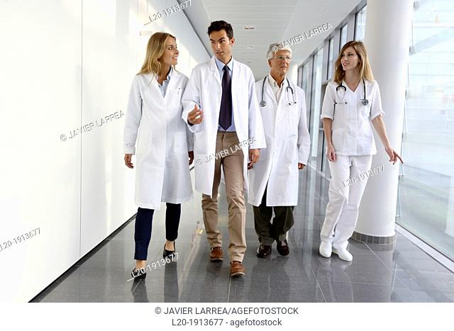 Doctors and nurses walking in corridor, Onkologikoa Hospital, Oncology Institute, Case Center for prevention, diagnosis and treatment of cancer, Donostia
