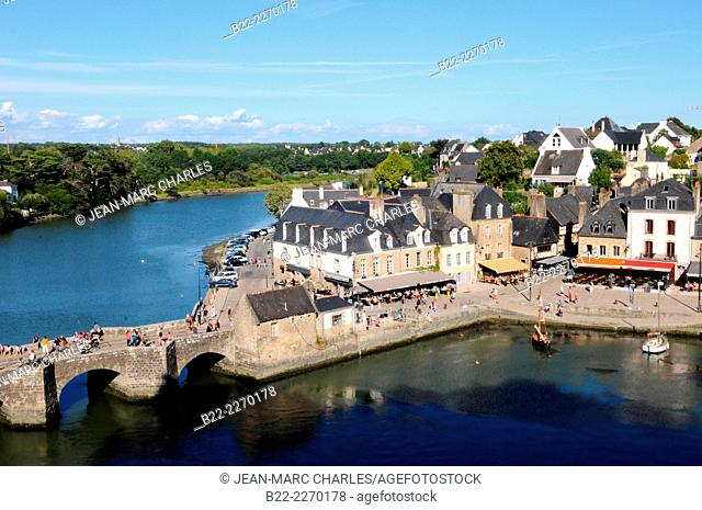 The harbour of Saint-Goustan, Auray, Morbihan, Brittany, France