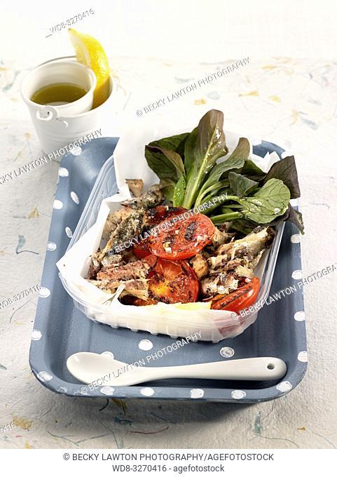 ensalada de tomate asado, sardinas y pak choi mini