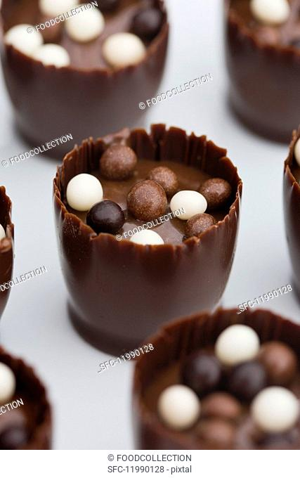 Chocolate truffles with crispy balls