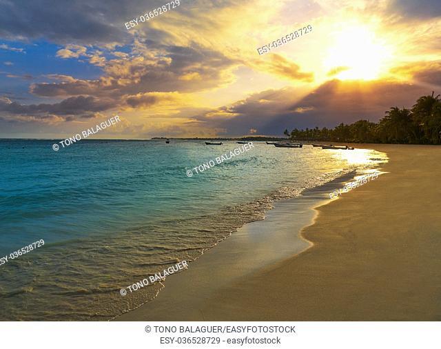 Akumal beach sunset in Riviera Maya of mayan Mexico