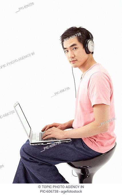 Man Using Laptop, Korean