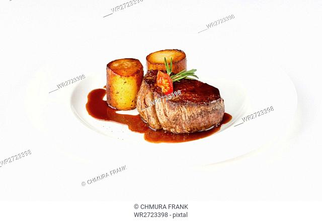 beef, brown, cuisine, delicious, dining, dinner, dish, filet, fillet, food, fresh, gourmet, grilled, juicy, meal, meat, nobody, nutrition, plate, potato