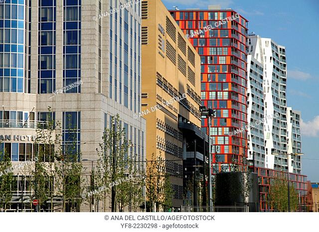 New buildings in Rotterdam Holland