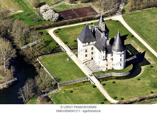 France, Dordogne, Anton and Trigonant Castle Bories the late fifteenth century, early 16th century aerial view