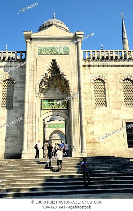 Sultan Ahmet I Mosque or Blue Mosque, built by the architect Davut Aga between 1603 and 1616  Entrance to the courtyard  UNESCO World Heritage