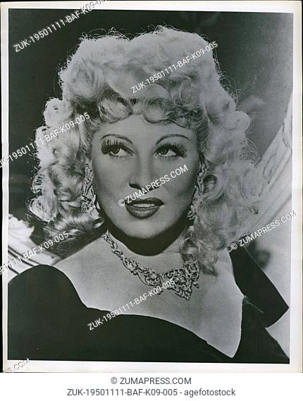 Nov. 11, 1950 - Mae West (Credit Image: © Keystone Press Agency/Keystone USA via ZUMAPRESS.com)