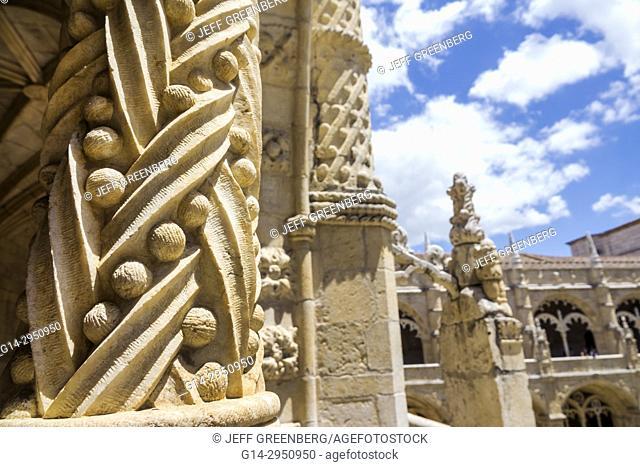 Portugal, Lisbon, Belem, Mosteiro dos Jeronimos, Jeronimos Monastery, Gothic, Manueline, architecture, UNESCO World Heritage Site, cloister, ornamental detail