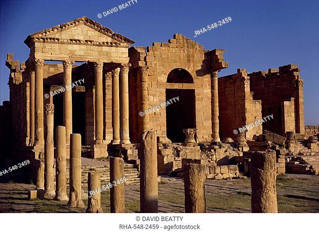 Temple of Jupiter Juno Minerva in the Forum, Sbeitla, Tunisia, North Africa, Africa