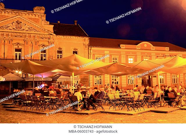Romania, Banat, Timisoara, Temeschwar, Old Town, historical houses and restaurant at the Piata Unirii, square, cathedral square