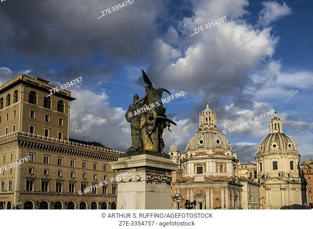"""Sculptural group of """"""""Il Pensiero (Thought)"""""""" by Giulio Monteverde. Victor Emmanuel II Monument (Monumento Nazionale a Vittorio Emanuele II)"""