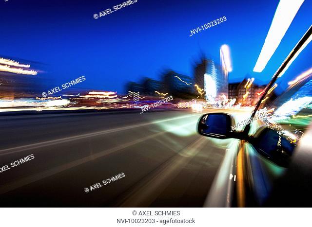 Electric car drives through Hamburg, electric mobility, Hanseatic City of Hamburg, Germany
