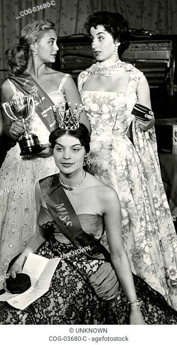 The winner Misses Italia Bruna Vecchio, Anna Carniti, and Elena Fancera