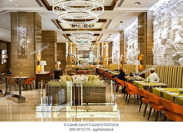 Reception bar and lounge of the 5 star Kempinski Hotel Mall of the Emirates, Al Barsha 1, Dubai, United Arab Emirates