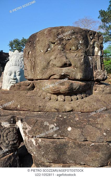Angkor (Cambodia): statues at the Giants Causeway