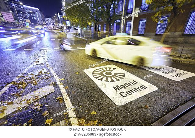 Madrid Central low-emissions zone sign at Plaza de las Cortes street. The antipollution measure introduces new restrictions on traffic in the heart of the...