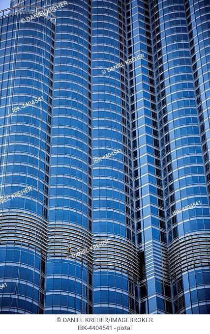 Window cleaners on glass façade of Burj Khalifa, Downtown, Dubai, United Arab Emirates