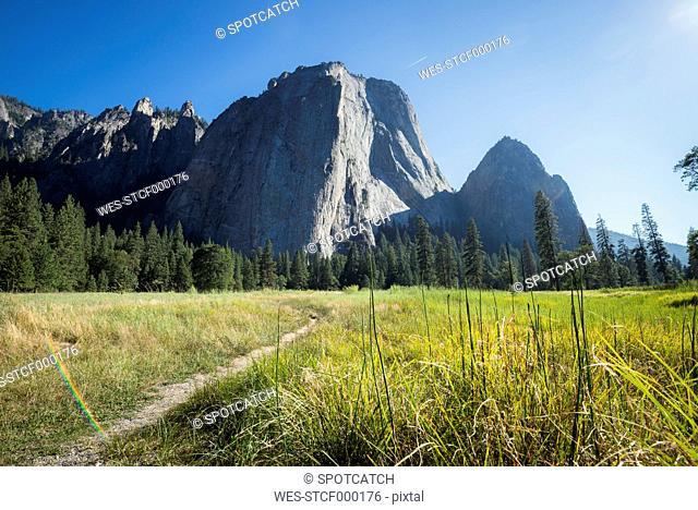 USA, California, El Capitan in Yosemite National Park