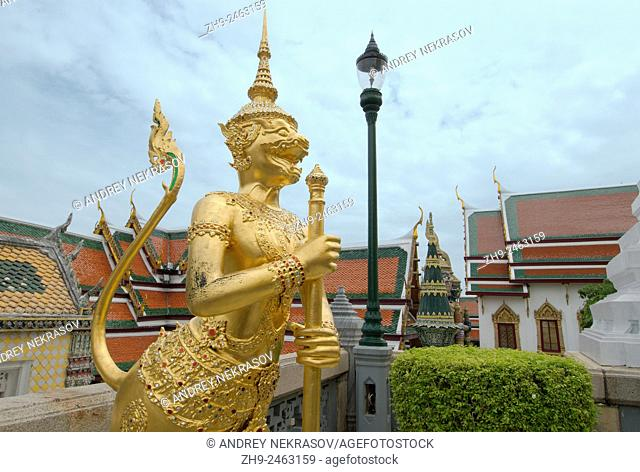 "Kinare â. "" mythological creature, half bird, half man in Wat Phra Kaew or Temple of the Emerald Buddha; full official name Wat Phra Si Rattana Satsadaram"