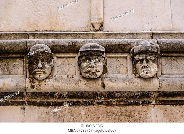 Croatia, Dalmatia, Sibenik, Old Town, Sveti Jakov Cathedral, frieze of portraits