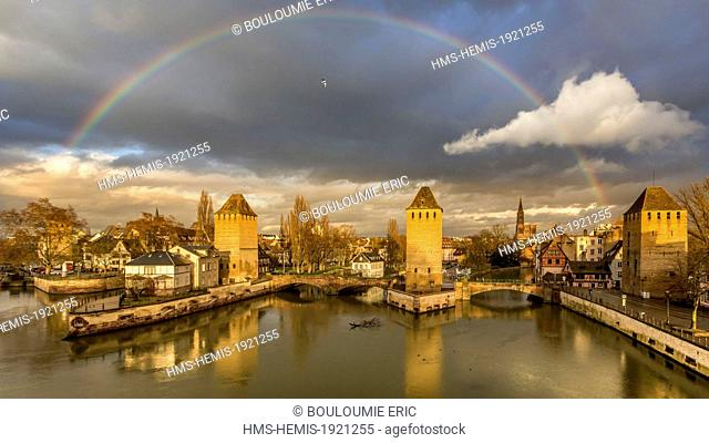 France, Bas Rhin, Strasbourg, old town listed as World Heritage by UNESCO, La Petite France, towers of covered bridges over Ill River