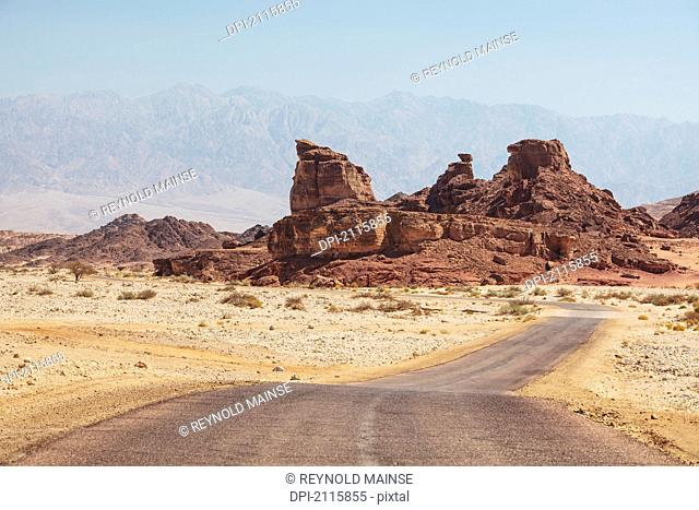 A road and mountains, timna park arabah israel