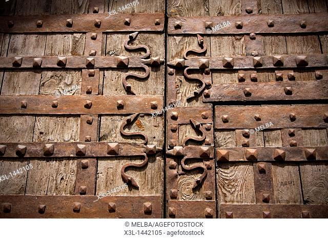 Door of San Miguel Church  Estella  Navarra  Spain