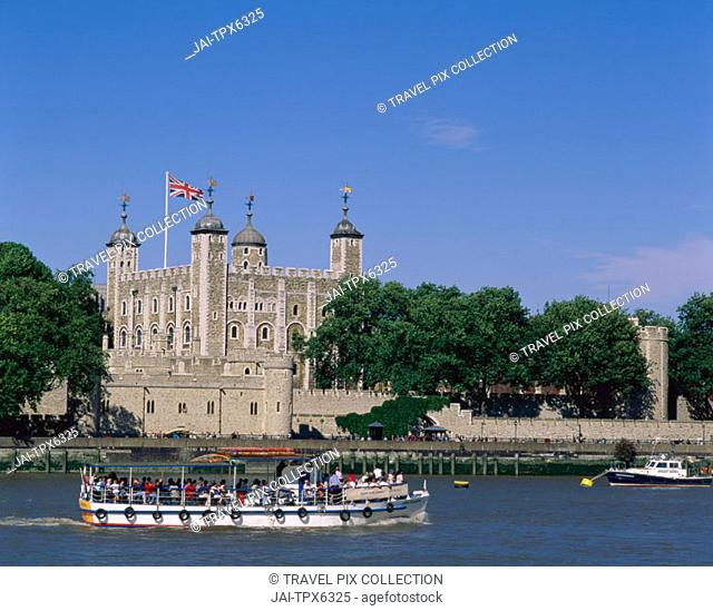 Tower of London & Thames River with Tour Boat, London, England