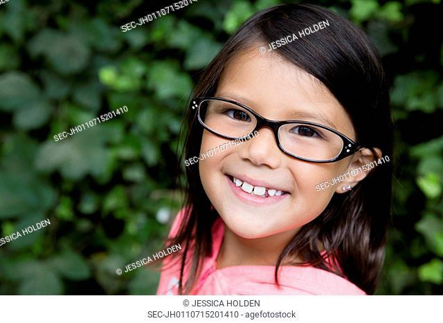 Portrait of smiling girl (6-7)