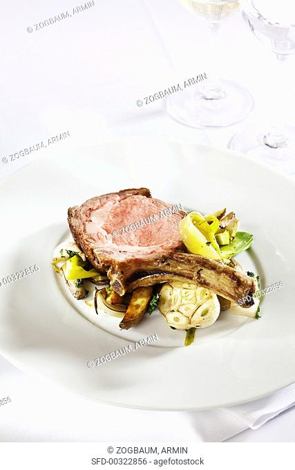 Veal chops with herb potatoes