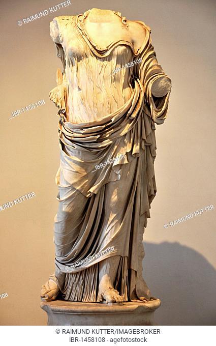 Statue of Hera Borghese, Museo Palatino, Palatino, Rome, Lazio, Italy, Europe
