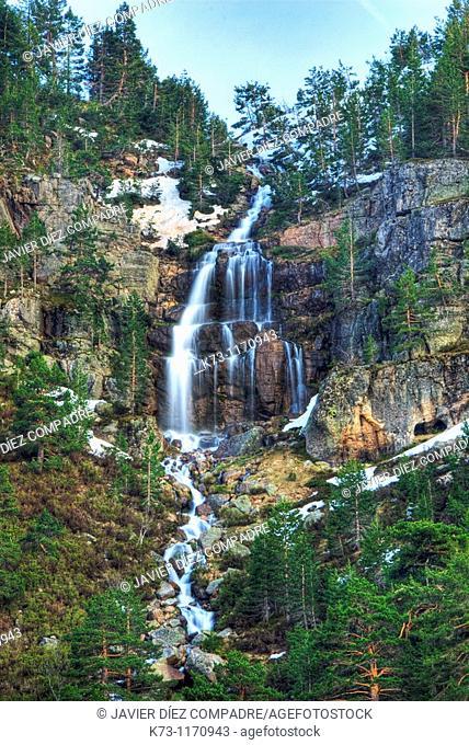 Waterfall. Lagunas Glaciares de Neila Natural Park. Burgos province. Castilla y Leon. Spain
