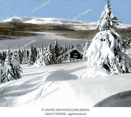 Norway, alpine landscape in winter, image date: circa 1920. Carl Simon Archive