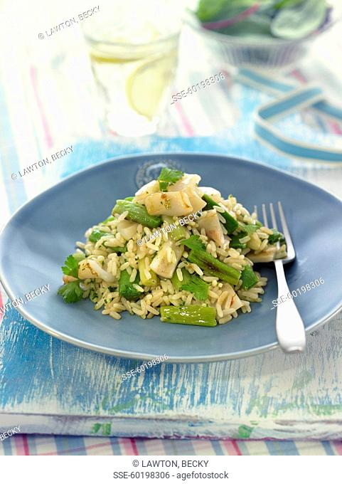 Sauteed rice with green beans and squid