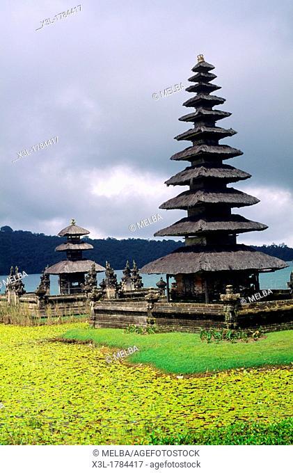 Bratan Lake and Ulun Danu Bratan Temple  Bali  Indonesia