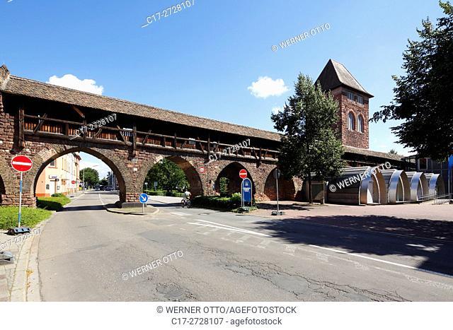 Germany, Worms, Rhine, Upper Rhine, Rhenish Hesse, Rhine-Neckar area, Rhine-Main district, Rhineland-Palatinate, Nibelungen Museum Worms, town wall, wall walk