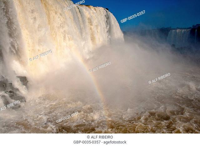 Waterfalls of Iguaçu; Iguaçu National Park; border between Brazil and Argentina; Foz do Iguaçu