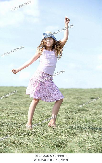 Germany, Bavaria, Young girl