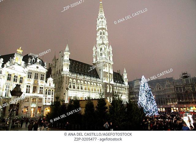 BRUSSELS BELGIUM-DECEMBER 5, 2014: Christmas illumination of Grand Place on December 5, 2014 in Brussels, Belgium. Grote markt is world heritage site