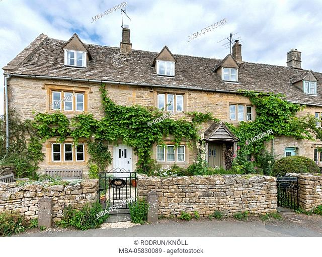 Great Britain, Gloucestershire, Lower Slaughter, cottages, houses, dried wall, Lower Slaughter lies 3 km northerly of Bourton-on-the-water