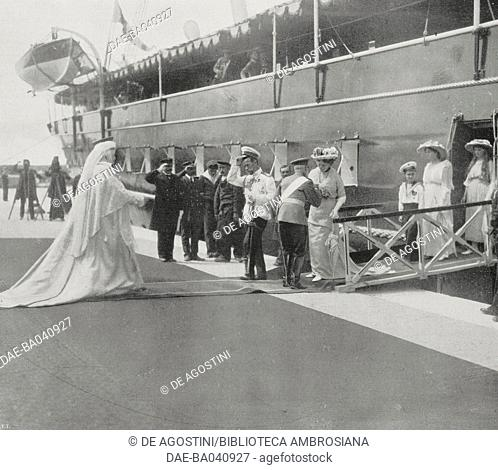 Queen consort of Romania Elisabetta of Wied (Carmen Sylva) welcoming Tsar Nicolas II and his wife Aleksandra Fedorovna Romanova, Constance, Romania