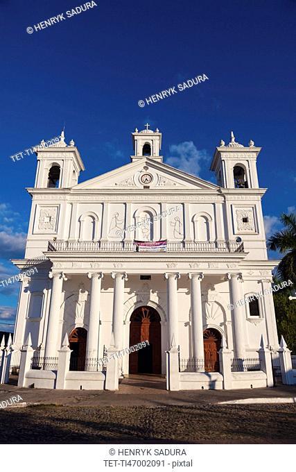 El Salvador, Cuscatlan, Suchitoto, Facade of Santa Lucia Church