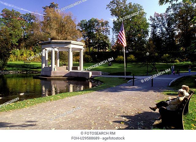 gazebo, Saratoga Springs, New York, NY, War Memorial Bandstand in Congress Park in Saratoga Springs in the autumn
