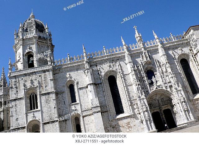 Mosteiro dos Jerònimos, Praca do Imperio, Lisbon, Portugal