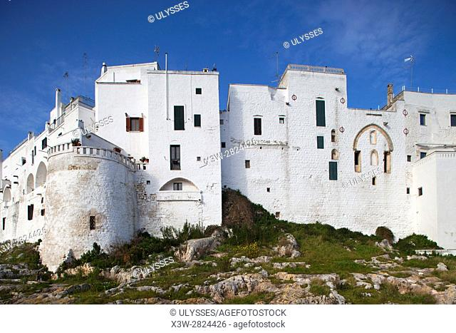 White city walls and old town, Ostuni, Puglia, Italy, Europe