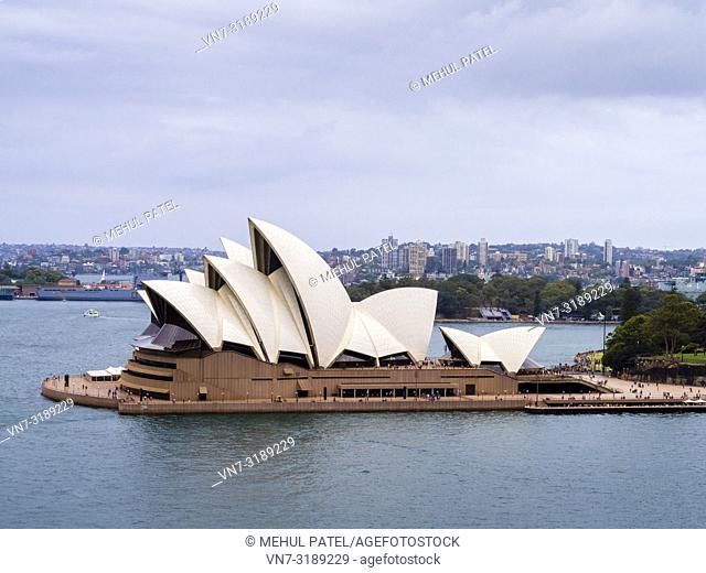 Iconic landmark of Australia, Sydney Opera House, Sydney, New South Wales, Australia